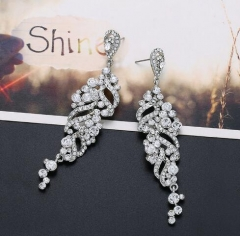 Concise zircon setting hollow out earrings
