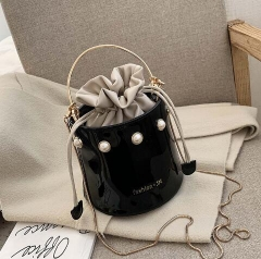 Patent leather slanted cross cute bucket bag